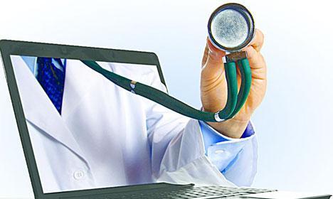 Посещение домашнего врача, выбранного по интернету